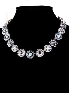 Mariana Handmade Swarovski Crystal Flower Necklace 3138 001